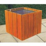方形木制花箱