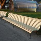 户外木制多人座长椅