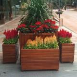 欣方圳组合花箱 让重庆处处有花香