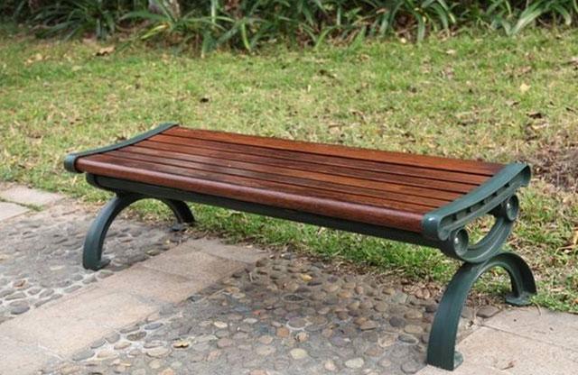 美国科技公司回收碳纤维增强树脂复合材料制造公园长椅