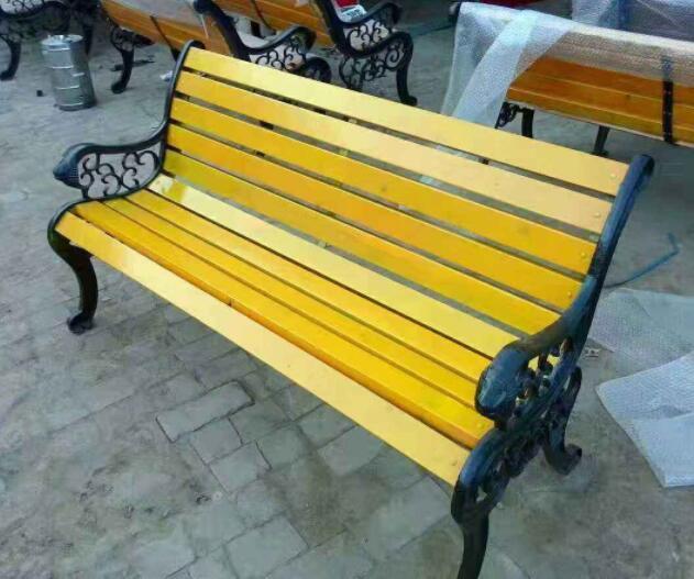 選購戶外休閑椅要考慮到哪些問題?